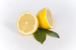 sliced-lemon-667554_960_720